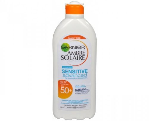 GARNIER AMBRE SOLAIRE SENSITIVE SPF 50 FORMATO FAMILIAR 400 ML